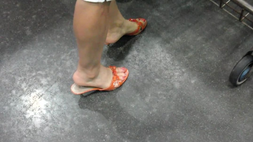 Shopping in Orange Mules by Salsipuedes