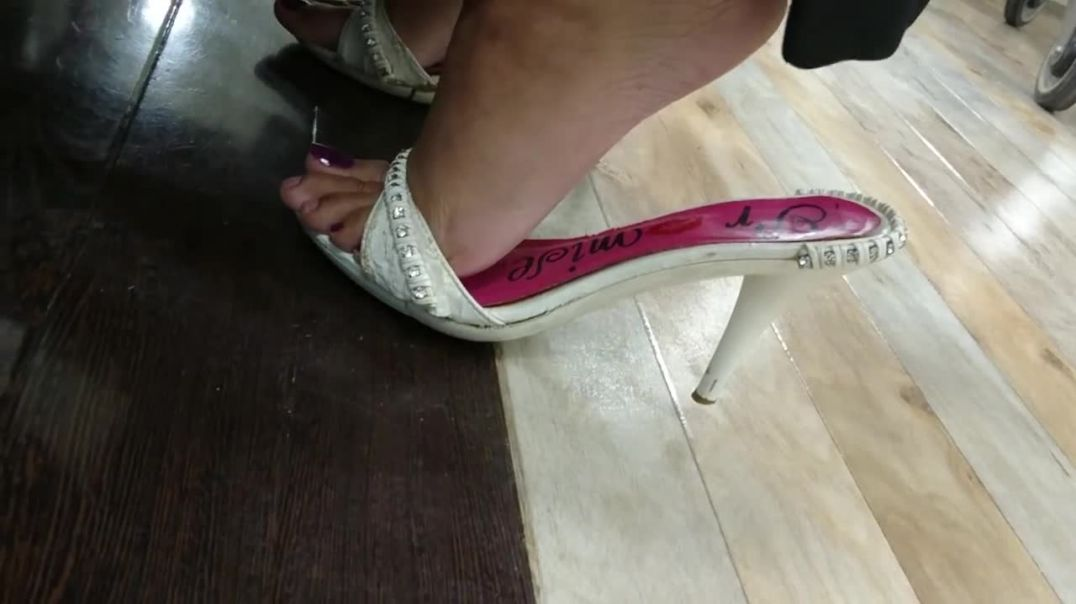 Punjabi Goddess - Shopping in sexy worn out mules 1