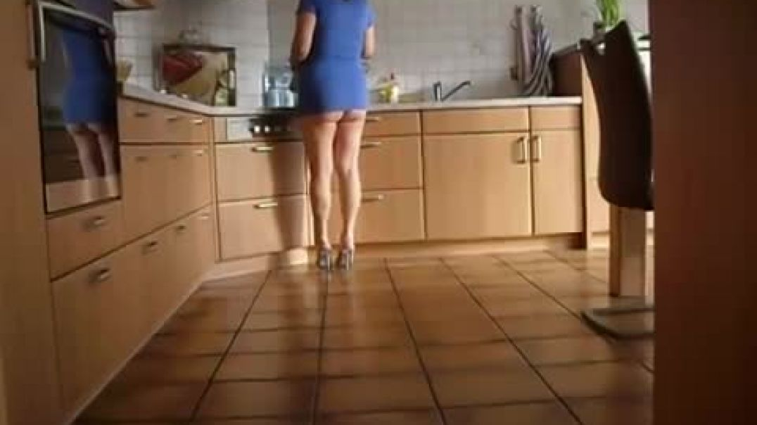 Mature in the Kitchen.mp4