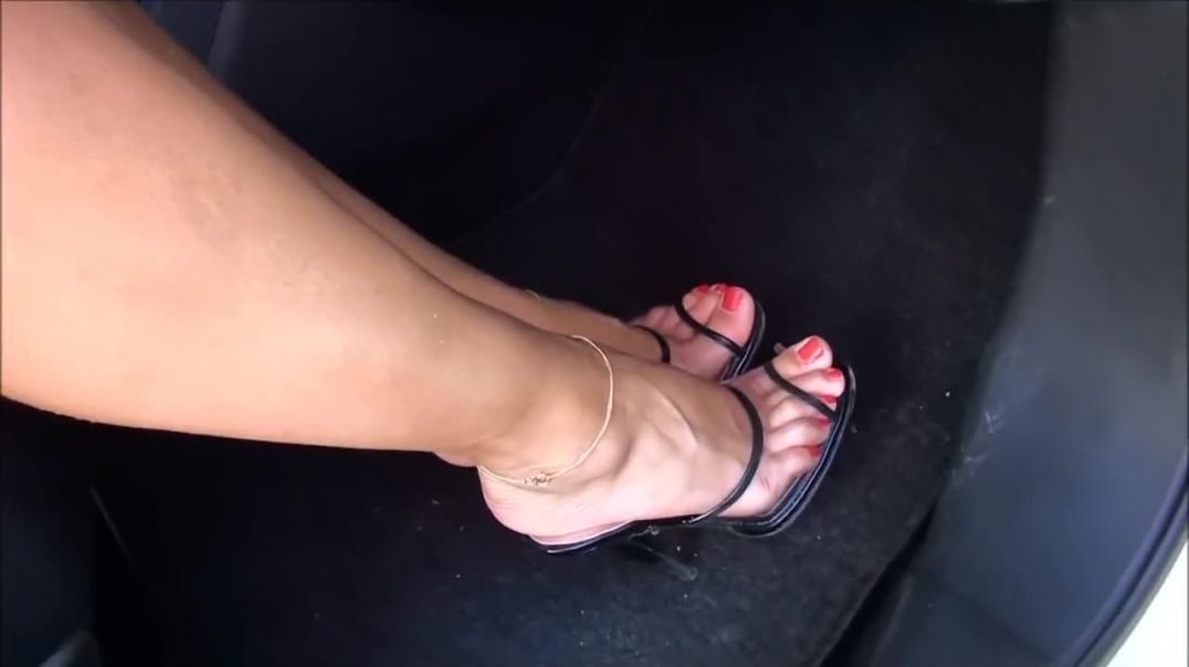 Walking around in Clear Mules