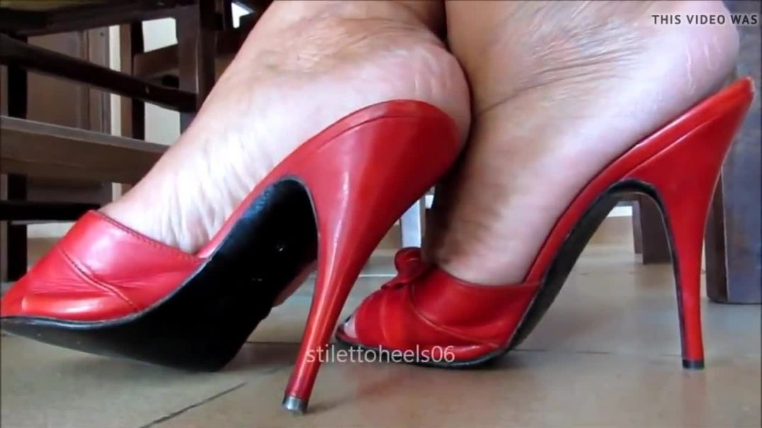 Sexy red Mules - Shoeplay