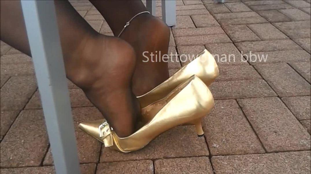 golden pumps heelpopping.avi