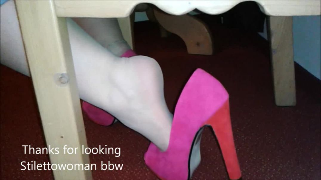 shoeplay with 5,5 inch Heels, Stilettowoman bbw
