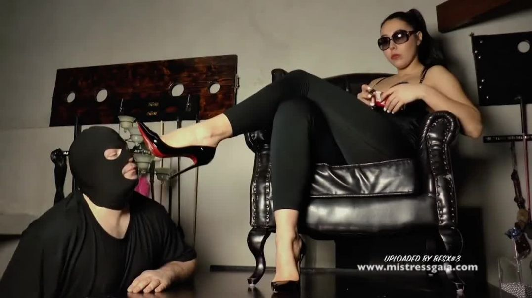 Mistress_heels_worship_720P_1500K_140386852.mp4