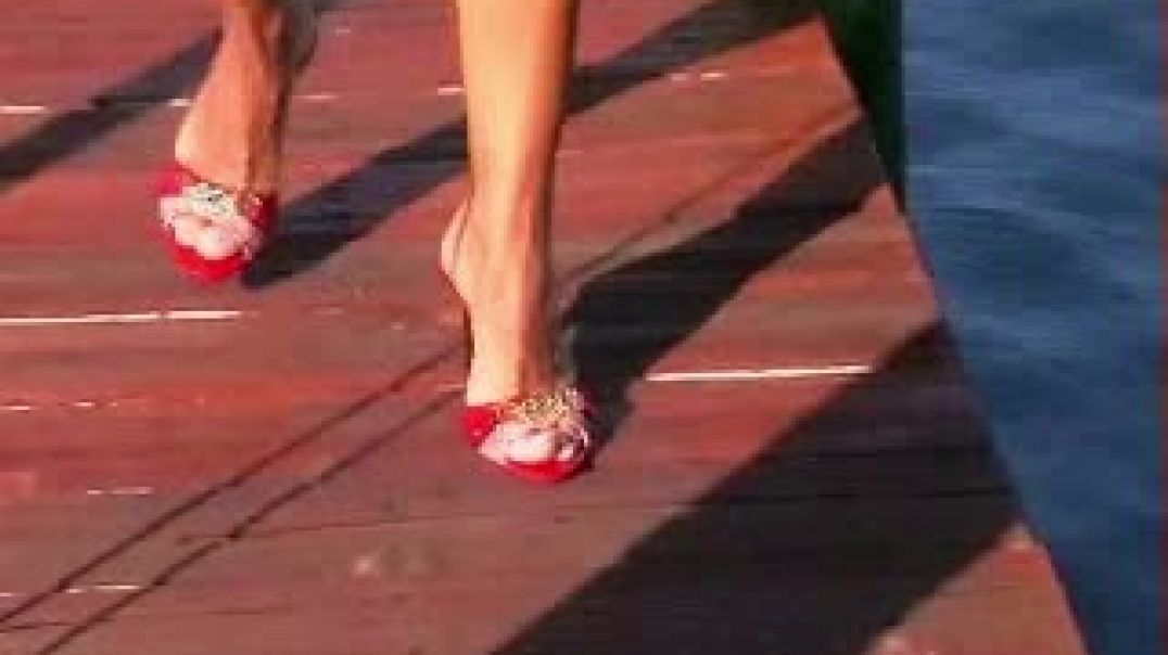 Shoeplay - Sexy Red Guess Mules