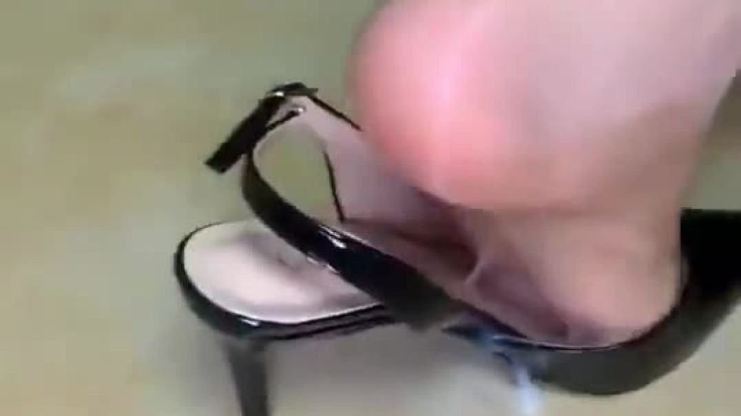 Filled up Slingback Highheels