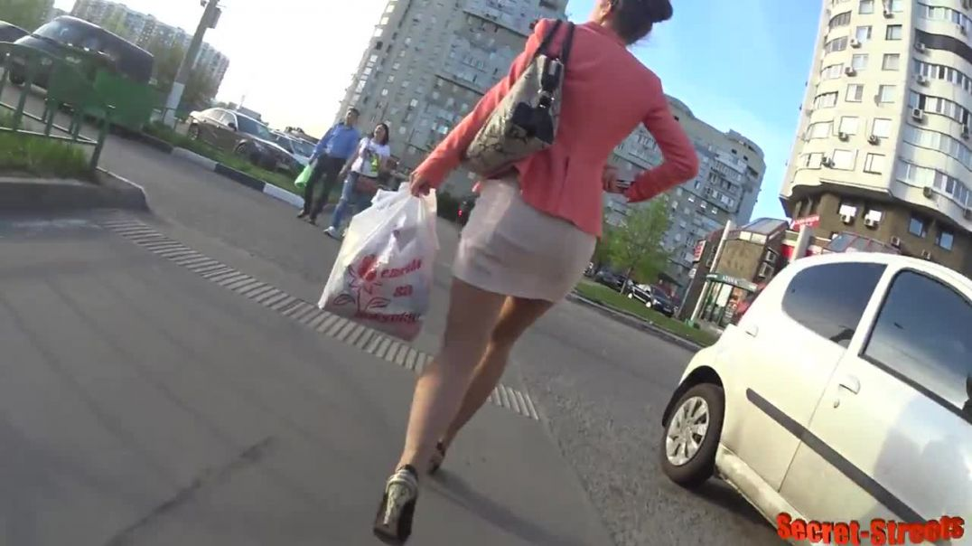Street Candid  - Russian Lady in High Heels