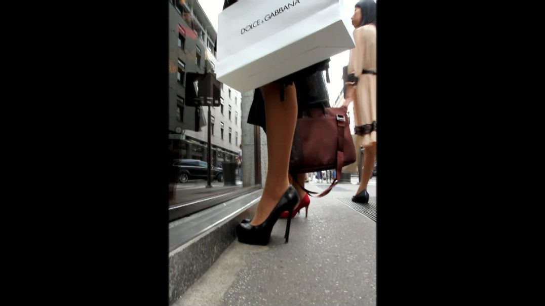 Street Candid - Cute Girl shopping in Stiletto High Heels by Digital Hunter